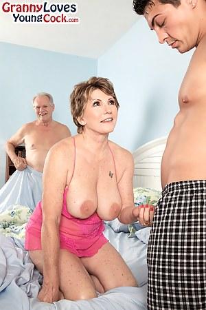 Big Boobs Handjob Porn Pictures