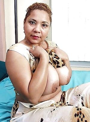 Big Ebony Boobs Porn Pictures