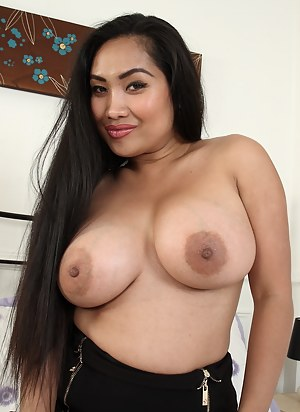 Big Boobs Long Hair Porn Pictures